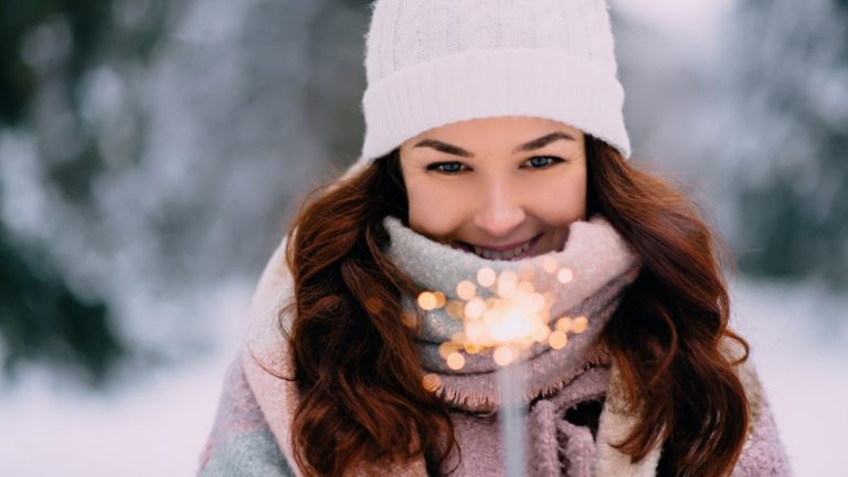 9 Gifts for Your Friend Whose Birthday Happens To Be In Winters